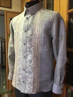 Gray W/ Print Silk Cocoon Barong Tagalog Wedding, Baro't Saya, Wedding Suits, Wedding Gowns, Gay Men Weddings, Filipiniana Wedding Theme, Filipino Wedding, Filipino Fashion, Mens Suits