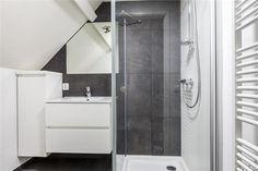 1000 images about kleine badkamer on pinterest duravit met and van - Tub onder dak ...