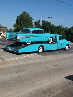 1957 Chevy on a classic Chevy auto transporter truck - Ana Maria Car Lover Gmc Trucks, Cool Trucks, Cool Cars, Truck Flatbeds, Truck Mods, Mini Trucks, Truck Camper, Pickup Trucks, Classic Chevy Trucks