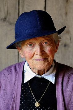 think this lady looks lovely - hope there is still some individuality in me when my nana years arrive.