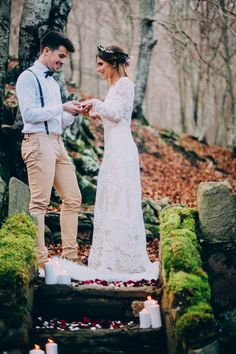 sesion bohemia forest of love Lace Wedding, Wedding Dresses, Love, Party, Fashion, Wedding Dress Lace, Bohemia, Trends, Bride Dresses