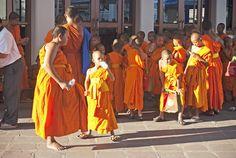 Wat Pho - The Temple of the Reclining Buddha | Bangkok | Thailand