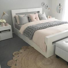 #habitacionesmatrimoniales Small Room Bedroom, Dream Bedroom, Bedroom Decor, Bedroom Ideas, Cute Room Decor, Decoration, Room Inspiration, New Homes, Lounge