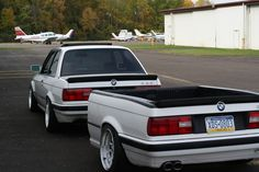 BMW with matching trailer Bmw E30 M3, Bmw Alpina, E30 Wagon, Bmw E30 Touring, Bmw Truck, E21, Custom Trailers, Bmw Classic Cars, Car Trailer