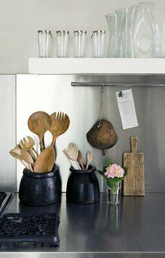 Need black jar for holding kitchen utensils near stove