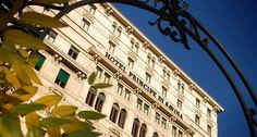 Ao contrário de Nova York e Londres, a semana de moda de Milão é super intimista. A capital da moda italiana é menor, os desfiles mais disputados e o clima é super 'fashion insider'. Um dos principais destinos dos fashionistas após a maratona de desfiles é o Hotel Principe Di Savoia. O hotel é extremamente …