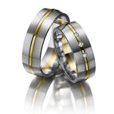 Verighete aur alb si aur galben MDV699 #verighete #verighete7mm #verigheteaur #verigheteauraplicatie #magazinuldeverighete 50 Euro, Bangles, Bracelets, Napkin Rings, Wedding Rings, Engagement Rings, Jewelry, Model, Crystal