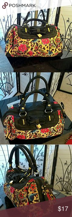 Vibrant multicolored padlock bag All purchase shipped with a gift   Great condition. Beautiful everyday bag Bags Satchels