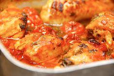 Fransk kylling i fad med tomat, hvidløg og rosmarin - Madens Verden