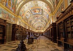 7 impresionantes bibliotecas antiguas que puedes visitar en España // 7 awesome old libraries that you can visit in Spain