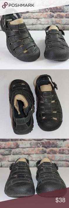 Women's KEEN Sport Sandals Size 9 / BA6L1 Women's KEEN Sport Sandals Size 9   Good condition - clean uppers, good soles  Thanks for looking!  BA6L1 Keen Shoes Sandals