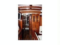 1856 Palma de Mallorca Goleta clasica, Spain - boats.com Cheap Boats, Alicante Spain, Fresh Water Tank, Boats For Sale, Sailboats, Yachts, Palms, Majorca, Freshwater Fish Tank