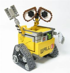 Everyone loves Legos; Most of us stopped playing and building with Legos when we were Lego Wall-e, Legos, Lego Moc, Big Lego, Lego Craft, Lego Robot, Lego Minecraft, Lego Design, Robot Design