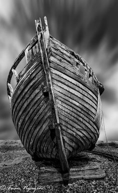 love the texture of the boat and the muted tones in the background