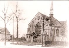 De kerk van Heusden (gemeente Asten). Jaartal onbekend. Jan vd Broek: geweldig wat mooie foto`s nog in de tijd dat de kerk nog niet was opgeleverd en er nog veel werk gedaan moest worden!