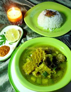 Citra's Home Diary: Soto Babat Sapi / Indonesian Beef Tripe Soup Indonesian Cuisine, Indonesian Recipes, Turkish Recipes, Ethnic Recipes, Tripe Soup, Beef Tripe, Curry, Good Food, Food And Drink