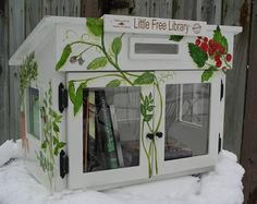 Little Free Library; National project to promote literacy and the love of reading by building free book exchanges worldwide. Each Little Library is unique and darling! Mini Library, Little Library, Library Books, Community Library, Community Building, Library Inspiration, Library Ideas, Street Library, Home Libraries