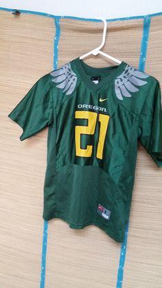 Oregon Ducks Football Jersey NCAA Nike Children's Small (8/10) #Nike #OregonDucks