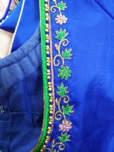 Traditional Blouse Designs, Simple Blouse Designs, Saree Blouse Neck Designs, Bridal Blouse Designs, Embroidery Neck Designs, Embroidery Suits Design, Applique Designs, Embroidery Blouses, Embroidery Fabric