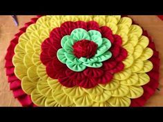 Amazing Doormats, How to make doormats using waste clothes - DIY doormats making idea. WOW Amazing Doormats - How to make doormats using waste clothes - DIY doormats making idea Hello Friends Today in this video, I would like to show how to make a Diy Arts And Crafts, Diy Crafts Videos, Diy Craft Projects, Sewing Projects, Spool Crafts, Sewing Crafts, Recycled Rugs, Hand Embroidery Flowers, Clothes Crafts