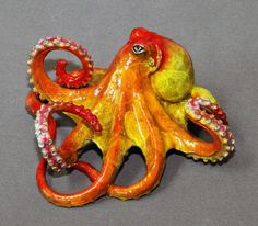 FREE SHIPPING!!! Your Choice Of Color!!! Tammy Octopus Limited Edition Bronze Cast using the Lost Wax casting method Retail price is $1080 This Octopus is an ABSOLUTELY GORGEOUS BRONZE Sculpture by Northwest premier artist Barry Stein. Oregon artist Barry Stein has creations gracing the most prestigious art collections and museums around the world. The Pentagon, Senator Gordon Smiths Office in Washington, DC, and in Oregon are just a few. Barrys sculptures have been purchased by the Exe... Kraken, Octopus Art, Gifts For My Wife, True Art, Thing 1, Bronze Sculpture, Clay Art, Really Cool Stuff, Art Pieces
