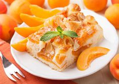 The recipe for apricot cake with buttermilk is prepared without oil. The recipe for apricot cake with buttermilk is prepared without oil. Apricot Pie, Apricot Recipes, Sweet Recipes, Dump Meals, Easy Meals, Dump Cake Recipes, Dessert Recipes, Dump Cakes, Peach Pound Cakes