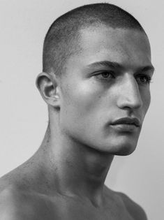 We are in love with this amazing face! 💥Frederik Woloszynski for L'Officiel Hommes Netherlands by Marco van Rijt Face Drawing Reference, Human Reference, Photo Reference, 3 4 Face, Face And Body, Photo Portrait, Portrait Photography, Portrait Inspiration, Character Inspiration