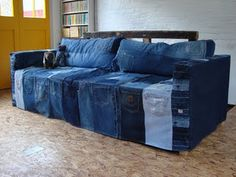 So cool way to upcycle jeans, I have been planning to do something similar and this gave me totally new ideas :D
