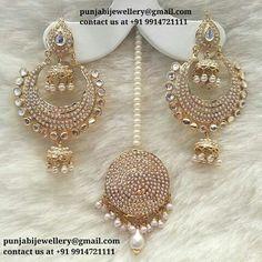 Indian Jewelry Earrings, Jewelry Design Earrings, Indian Wedding Jewelry, India Jewelry, Ear Jewelry, Necklace Designs, Bridal Jewelry, Jewelery, Tikka Jewelry