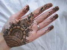 Are you interested in beautiful henna designs for fingers, do don't forget to check out our various Finger Mehendi Designs for Wedding, Karwa Chauth, Eid Short Mehndi Design, Finger Mehendi Designs, Mehandi Design For Hand, Palm Mehndi Design, Mehndi Designs Front Hand, Henna Tattoo Designs Simple, Simple Arabic Mehndi Designs, Mehndi Designs For Girls, Mehndi Designs For Beginners
