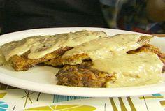 Chicken Fried Steak (Alton Brown) substitute with chicken Steak Recipes, Chicken Recipes, Recipe Chicken, My Favorite Food, Favorite Recipes, Chicken Fried Steak, Chicken Gravy, Brown Recipe