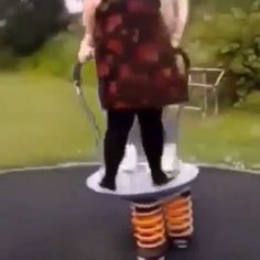 space travel 🤣 funny life 😂 - Lynn Home Top Funny Videos, Funny Video Memes, Funny Relatable Memes, Wtf Funny, Stupid Funny, Funny Posts, Funny Cute, Hilarious, Funny Stuff