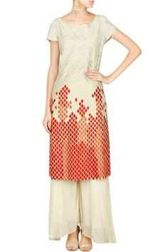 Krishna Mehta Indian Designer Off White Kurta Palazzo Featuring an off white scoop neck tunic in cotton silk blend appliqued with floral thread embroidery highlighted with silver thread all over bodice accentuated with diamond motif thread embroidery along the hem . It comes along with pleated off white palazzos set in  Set By Krishna Mehta  Shop now at www.carmaonlineshop.com #carma #carmaonline #indian #designer #fashion #KrishnaMehta #summerwear #style #indianwear # shopnow…