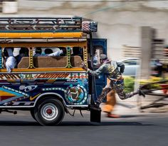 Catching the bus in Dakar. Photography by @frederic.20h #carrapide #dakar #senegal