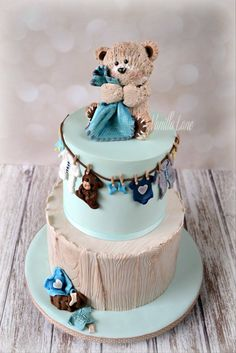 Whether you are going to order or bake your baby shower cake, you will need some inspiration! We have collected 25 baby shower cake ideas just for you! Panda Cupcakes, Shower Bebe, Boy Shower, Teddy Bear Cakes, Teddy Bears, Gateau Baby Shower, Bolo Cake, Teddy Bear Baby Shower, Baby Boy Cakes