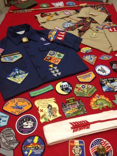 Eagle Scout Court of Honor Table Idea