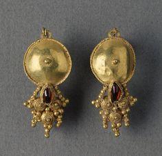 Pair of Gold Earrings, Roman Empire  3rd century CE,
