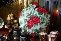 Poinsettia Flower, Tea Cozy, Christmas Tea, Cozies, China Patterns, Tea Parties, Tea Sets, High Tea, Cutlery