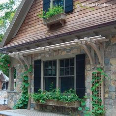 A natural trellis to reflect a rustic aesthetic!