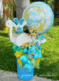 """Detalles globos y chocolates"" Balloon Arrangements, Balloon Centerpieces, Baby Shower Centerpieces, Balloon Decorations, 2nd Baby Showers, Baby Shower Games, Baby Boy Shower, Baby Favors, Balloon Gift"