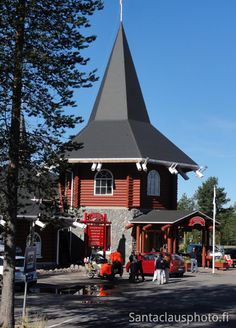 Santa Claus Village and Christmas House in Rovaniemi in Lapland at end of a nice summer day. Iceland Christmas, Santa Claus Village, Lapland Finland, Arctic Circle, Christmas Photos, Time Travel, Summer Time, Travel Destinations, Photo Galleries