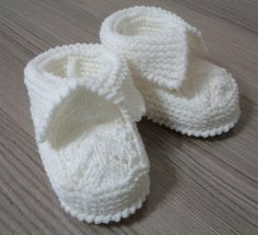 Baby Lace Booties by Beyhan Cayir. Free on ravelry. Booties Size: Months Baby Lace Booties by Beyhan Cayir. Free on ravelry. Baby Booties Knitting Pattern, Booties Crochet, Crochet Baby Shoes, Crochet Baby Booties, Baby Knitting Patterns, Baby Patterns, Crochet Christening Patterns, Crochet Patterns, Crochet Baby Blanket Beginner