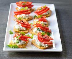 Bruschetta, Crackers, Menu, Cooking, Ethnic Recipes, Food, Cake, Spreads, Menu Board Design