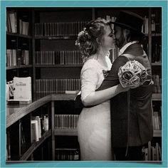 Noivos recém-casados na livraria Cultura do Conjunto Nacional, São Paulo.    Foto de Bruno Porte