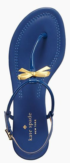 Love this bow thong sandal from #katespade - 50% off! http://rstyle.me/n/j4znmnyg6