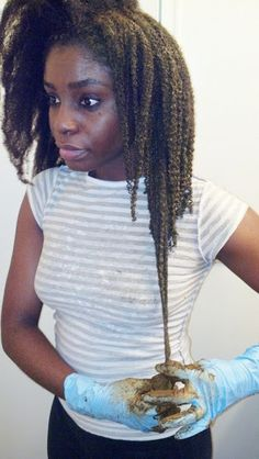 Serious Shrinkage - And henna is the bomb too! - http://www.blackhairinformation.com/community/hairstyle-gallery/natural-hairstyles/serious-shrinkage-henna-bomb/