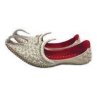a5292e9cbd696f Indische Orientalische Khussa Schuhe In Silber Ein traditioneller Klassiker  aus Indien und Pakistan - Orientalische Khussa. Oriental-Style
