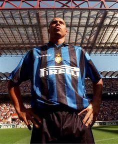 Ronaldo joins Inter Milan, 1997.