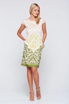 Comanda online, Rochie Fofy verde eleganta cu croi larg cu buzunare. Articole masurate, calitate garantata!