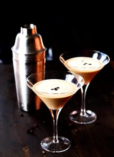 This espresso martini recipe is smooth, richly bitter and slightly sweet.  It's made with espresso vodka, baileys and a shot of strong espresso. The best pick-me-up cocktail you have ever had! #cookswithcocktails #espressovodka #espressomartini #coffeemartini #icedcoffee